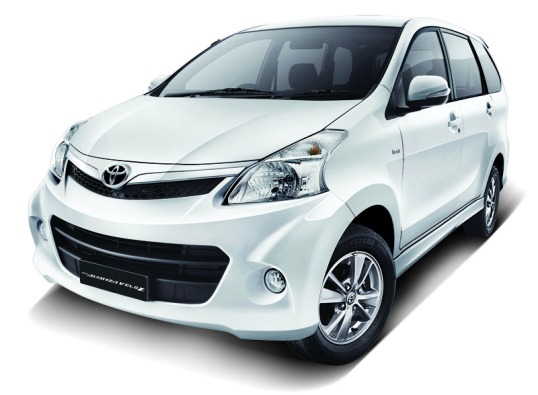 Toyota-Avanza-Veloz-Luxury-front
